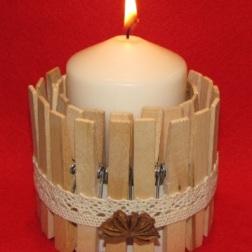 świecznik ze spinaczy