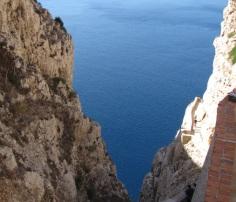 Sardynia - zejście do Grotuy Neptuna