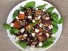 sałatka z pieczonego buraka, marchewki z zieleniną