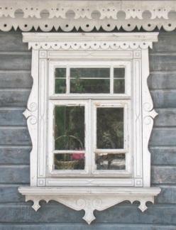 detal architektoniczny dworku myśliwskiego