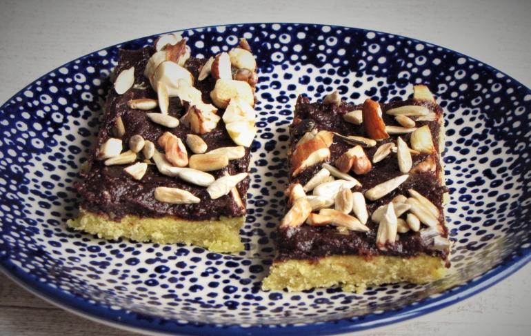 ciastko z masą czekoladową 1