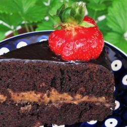 Zdrowy tort czekoladowy na dzień Matki